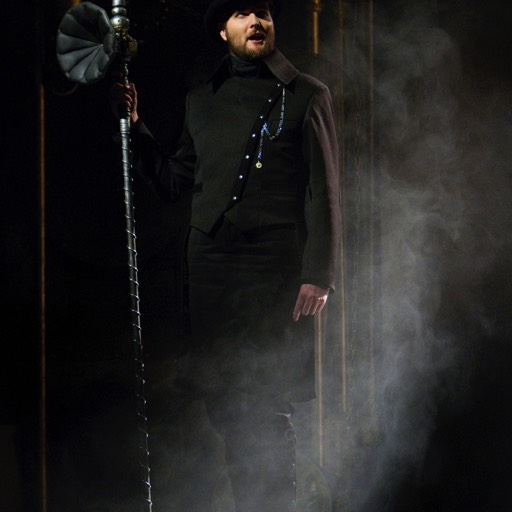 The Speaker - The Magic Flute (Scottish Opera) © Kenneth Dundas